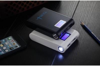 Практичная портативная 12000MAH зарядка Power Bank для смартфонов и планшетов.