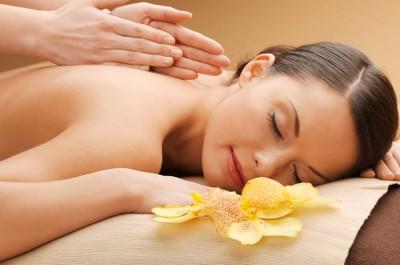 Nautige kogu keha california massaaži salongis