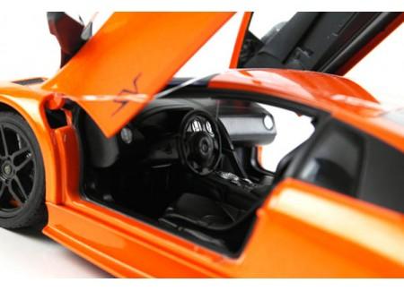 Kaugjuhitav RC auto LAMBORGHINI 670 1:24 Oranz